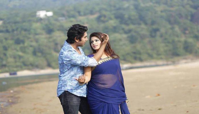 শামস-তনুশ্রীর 'প্রেমেরই ছোঁয়া'