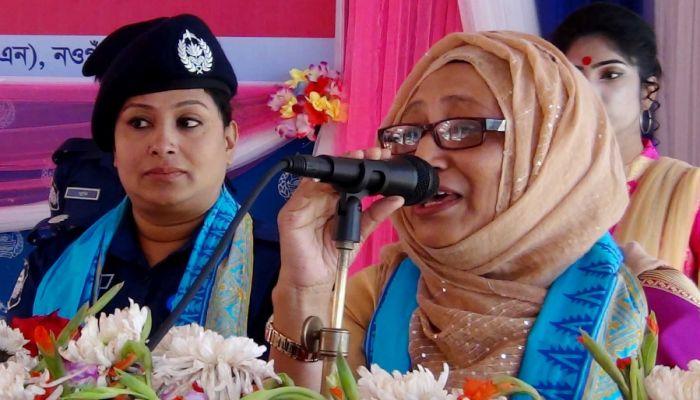 নারীকে নারী নয়, মানুষ হিসেবে দেখুন: কবিতা খানম