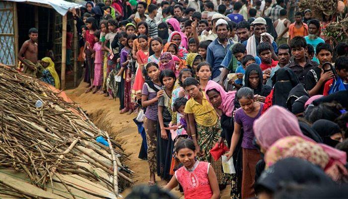 রোহিঙ্গাদের আশ্রয় দিয়ে বাংলাদেশ উদারতা দেখিয়েছে