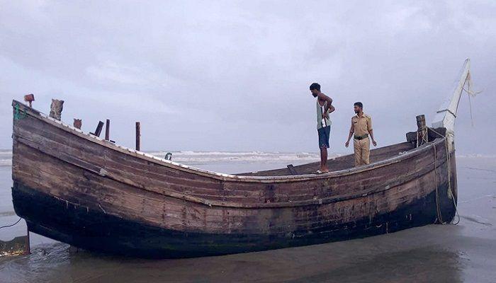 কক্সবাজার সমুদ্র সৈকতে ভেসে এলো আরও ৩ মরদেহ