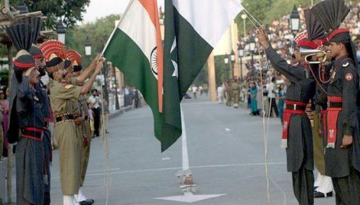 কূটনৈতিক বরখাস্ত, ভারতের সাথে বাণিজ্য বন্ধের ঘোষণা পাকিস্তানের
