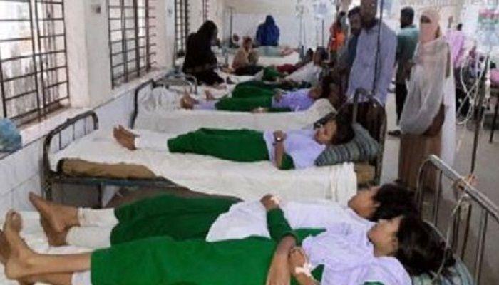 কুমিল্লায় চটপটি খেয়ে অসুস্থ ৩০ স্কুল শিক্ষার্থী