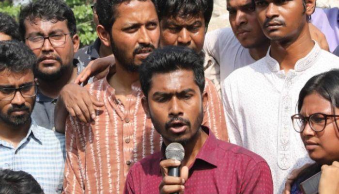 ছাত্র রাজনীতি বন্ধের বিপক্ষে ভিপি নুর