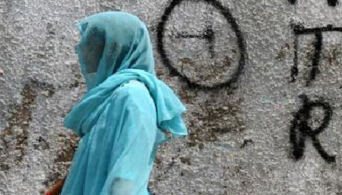 চেম্বারে অজ্ঞান করে রোগীকে ধর্ষণ, ভিডিও করে ব্লাকমেইল