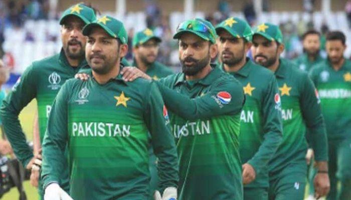 এগুলোই পাকিস্তান ক্রিকেটে বারবার ঘুরে ফিরে আসে: ওয়াকার ইউনুস