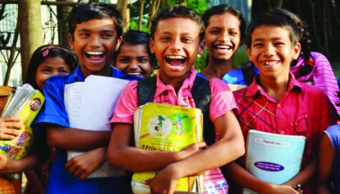 স্কুলড্রেসের জন্য ২ হাজার করে টাকা পাবেন শিক্ষার্থীরা