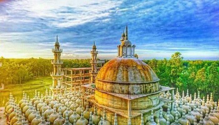 করোনাভাইরাস: ২০১ গম্বুজ মসজিদে জুমার নামাজ স্থগিত