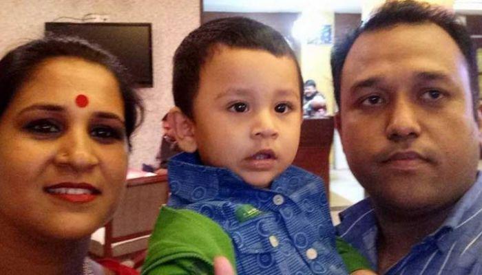 ইস্কাটনে অগ্নিকাণ্ড: সন্তানের পর চলে গেলেন দগ্ধ মা