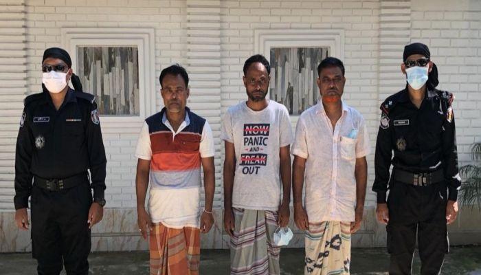 লালমনিরহাটে ৩ মাদক ব্যবসায়ী আটক