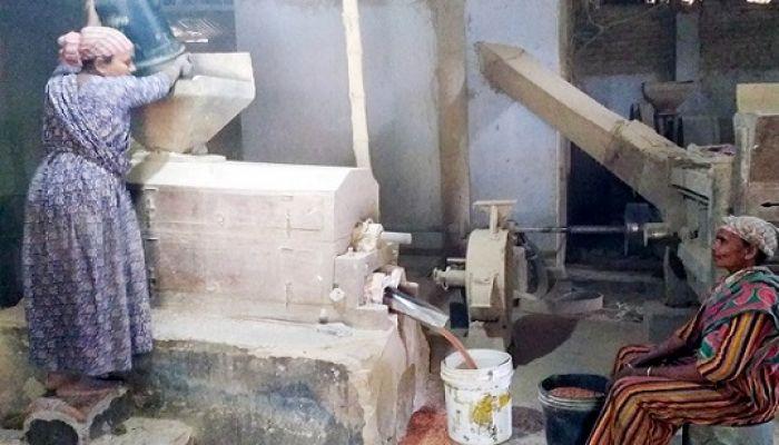রাজশাহীতে ডাল মিল বন্ধ, ঋণের জালে জর্জরিত ব্যবসায়ীরা